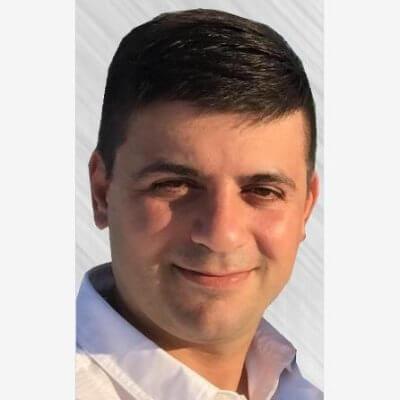 Peco Karayanev